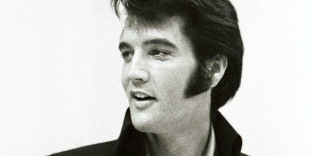 41 años de la muerte de Elvis Presley: Fanáticos realizan vigilia para honrar al Rey del Rock