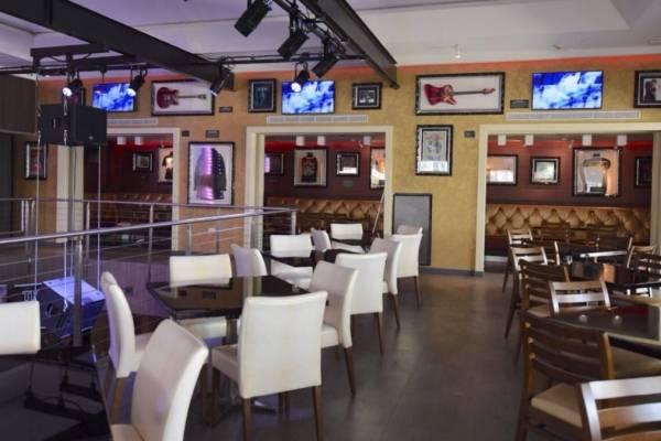 Reabre Hard Rock Café San Juan