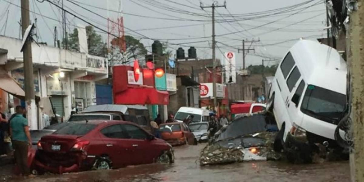 Lluvia de miércoles dejó tres muertos y mil 252 damnificados en Chimalhuacán