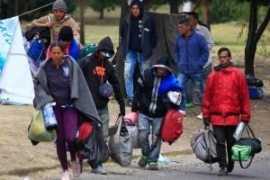 Decenas de venezolanos sin pasaporte en camino de Ecuador a Perú