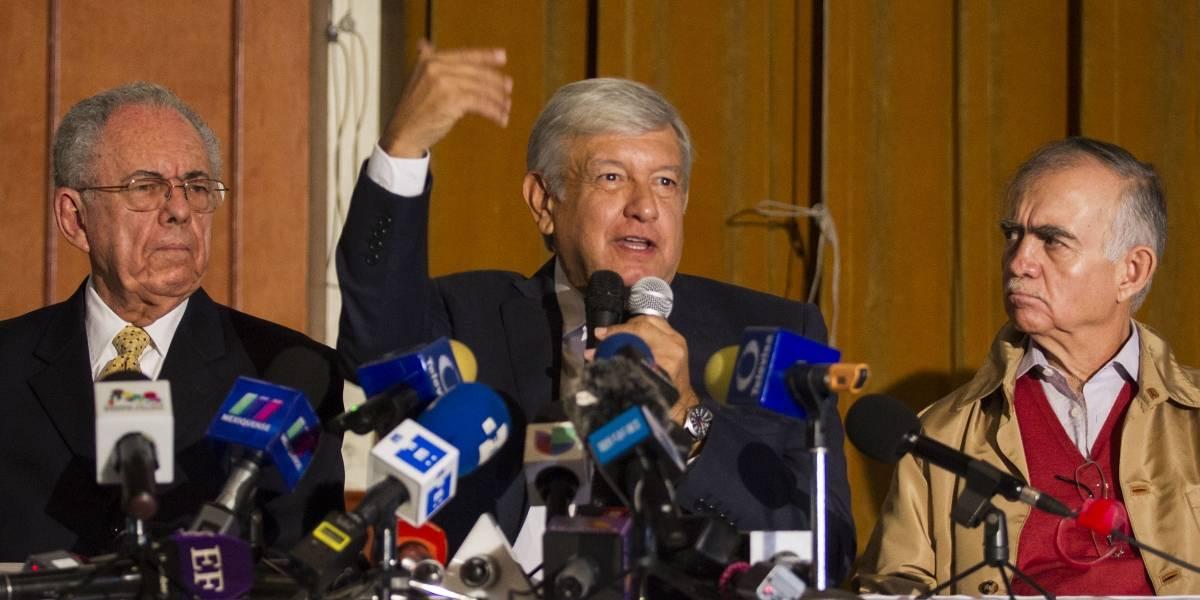 AMLO presenta dos propuestas sobre el NAIM