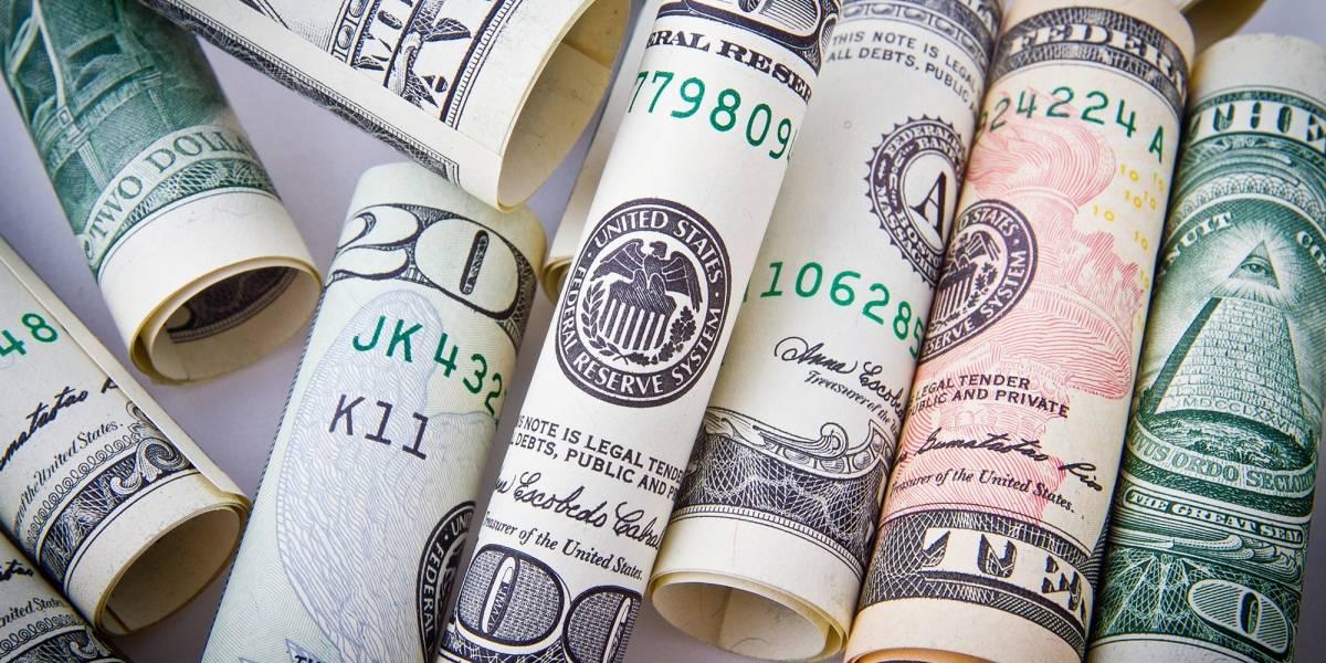 Dólar fecha o dia em alta, cotado a R$ 4,14