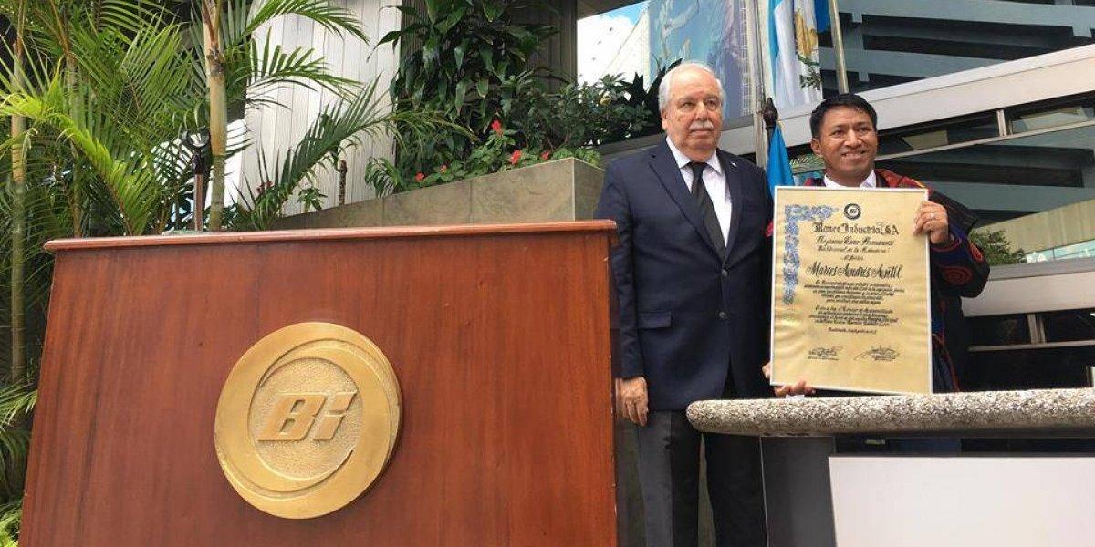 Por su contribución al país, Banco Industrial rinde homenaje al Dr. Marcos Andrés Antil