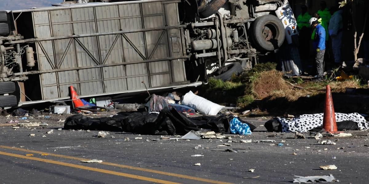 Valoran en 1,7 millones de dólares la droga encontrada en bus accidentado en Papallacta