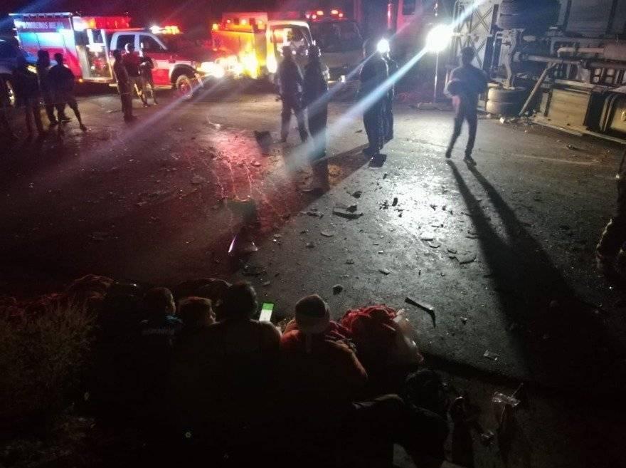 Se registra un accidente de tránsito entre un transporte de pasajeros y un tráiler Cortesía