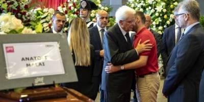 Funeral de las víctimas del derrumbe del puente en Italia