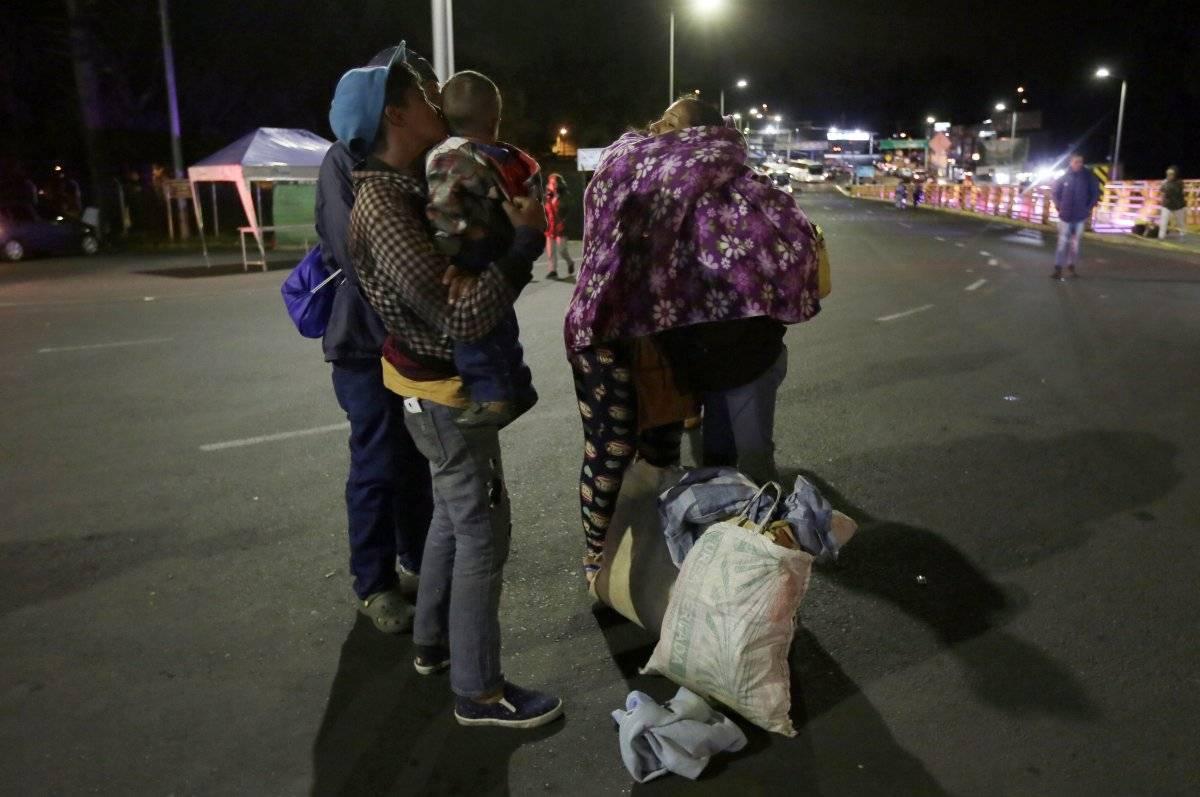 Poca afluencia de venezolanos en el puente de Rumichaca AP