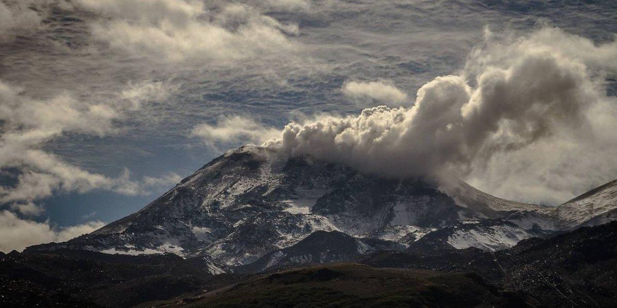 La alerta temprana llegó a las erupciones: evacuación por peligro de volcanes será emitida a los celulares