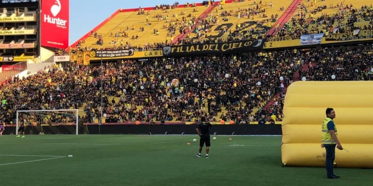 Barcelona Sporting Club vs. Universidad Católica: Camisetas negras en homenaje a los hinchas fallecidos