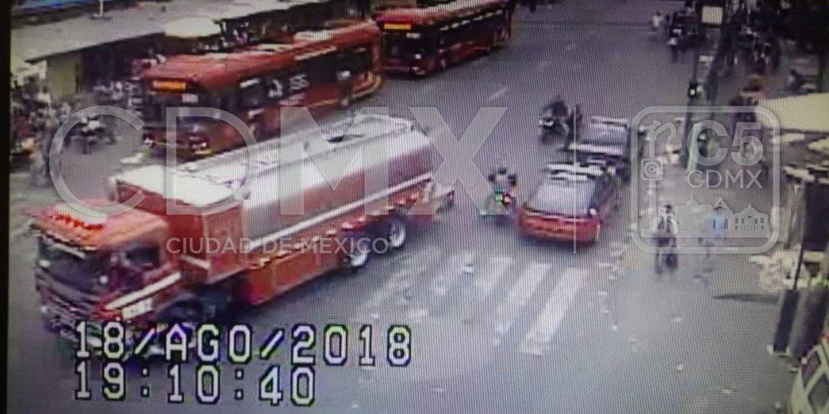 Tres personas mueren por incendio en La Merced
