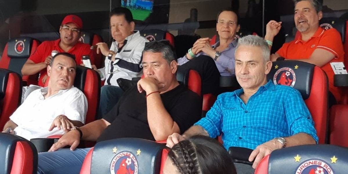 Nuevo equipo de Juvenal Olmos enfrenta un escándalo en México