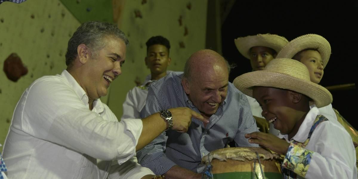 El presidente Duque estuvo entre marimbas en el Petronio Álvarez