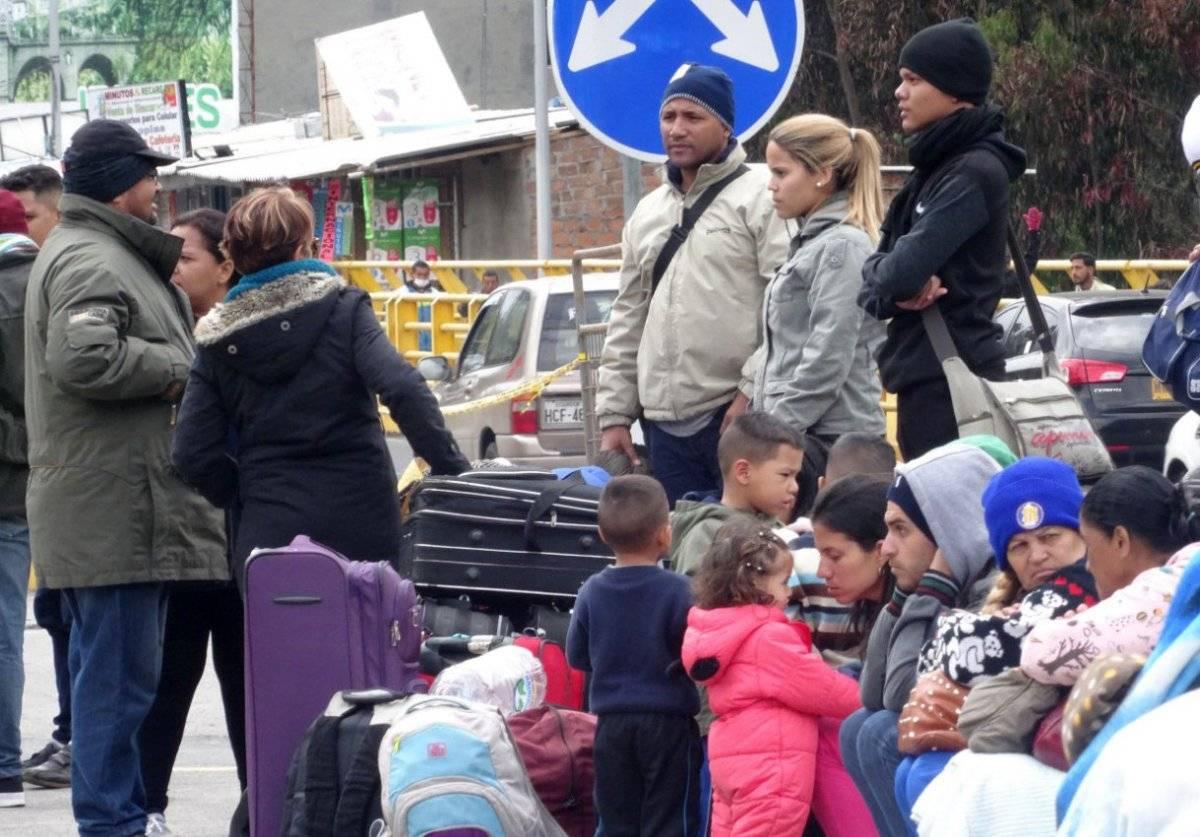 Ecuador elimina exigencia de pasaporte para niños y adolescentes venezolanos EFE