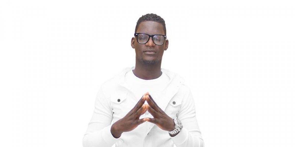 "Cantante cristiano Junior Lazar promueve tema ""Tu amor"""