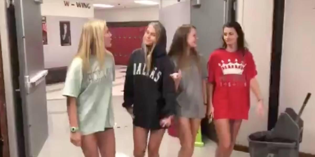 El indignante video de un código de vestimenta sexista por el que un colegio de Texas se tuvo que disculpar