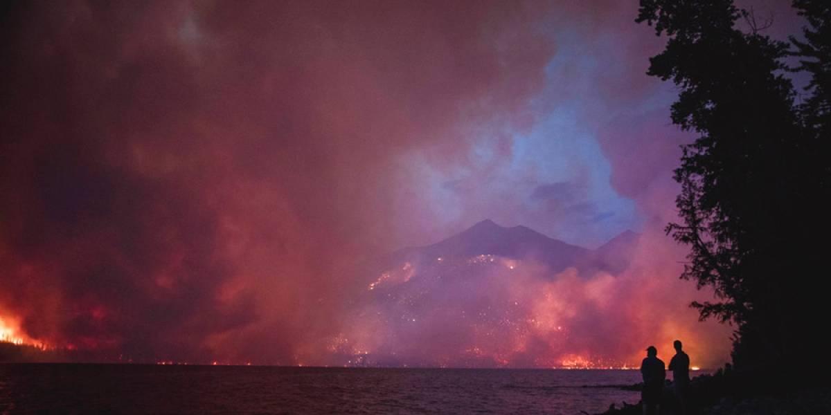 Incendio forestal amenaza pintoresca carretera de Montana