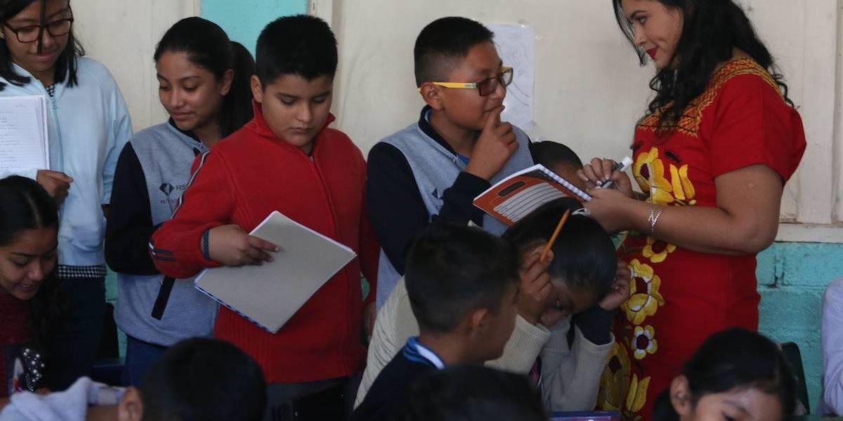 Convoca AMLO a consulta para nuevo acuerdo educativo