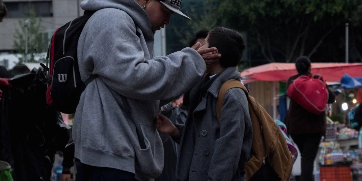 Advierten sobre riesgos de compartir fotos de menores en regreso a clases