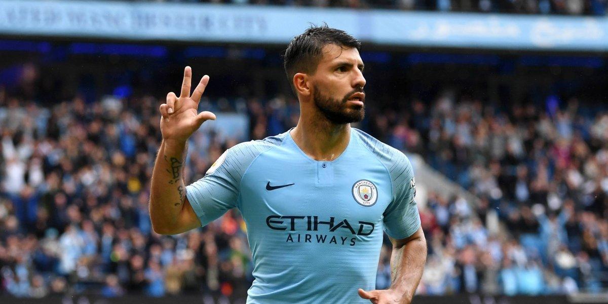 Con triplete del 'Kun' Agüero, Manchester City aplasta al Huddersfield Town