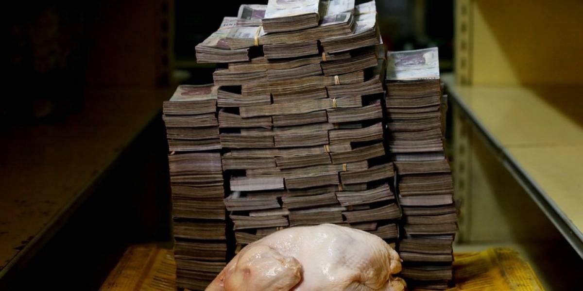 Las impactantes imágenes que muestran la incertidumbre por la nueva moneda de Venezuela, el bolívar soberano