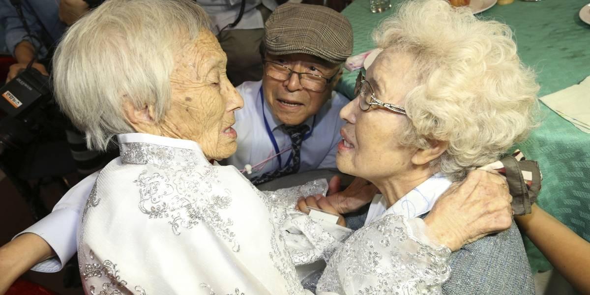 Después de 65 años se reúnen familias de las Coreas