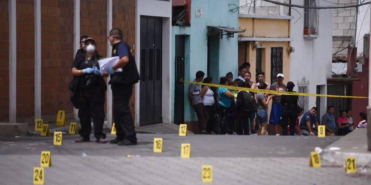 Regresaron a Mixco para enterrar a un ser querido y fueron atacados a balazos