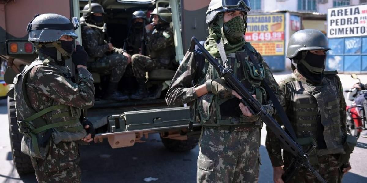 Brasil: Enfrentamientos entre militares y traficantes dejan más de 10 muertos