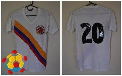 camisetacolombia11-abc88c3210bf1440ec945db616ae2183.jpg