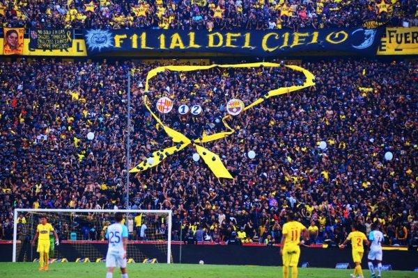 Fnáticos de Emelec no respetaron el luto por los 12 hinchas fallecidos de Barcelona SC