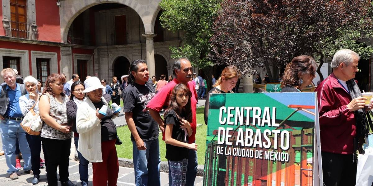 La Central de Abasto; el corredor donde coexisten 90 mil trabajadores