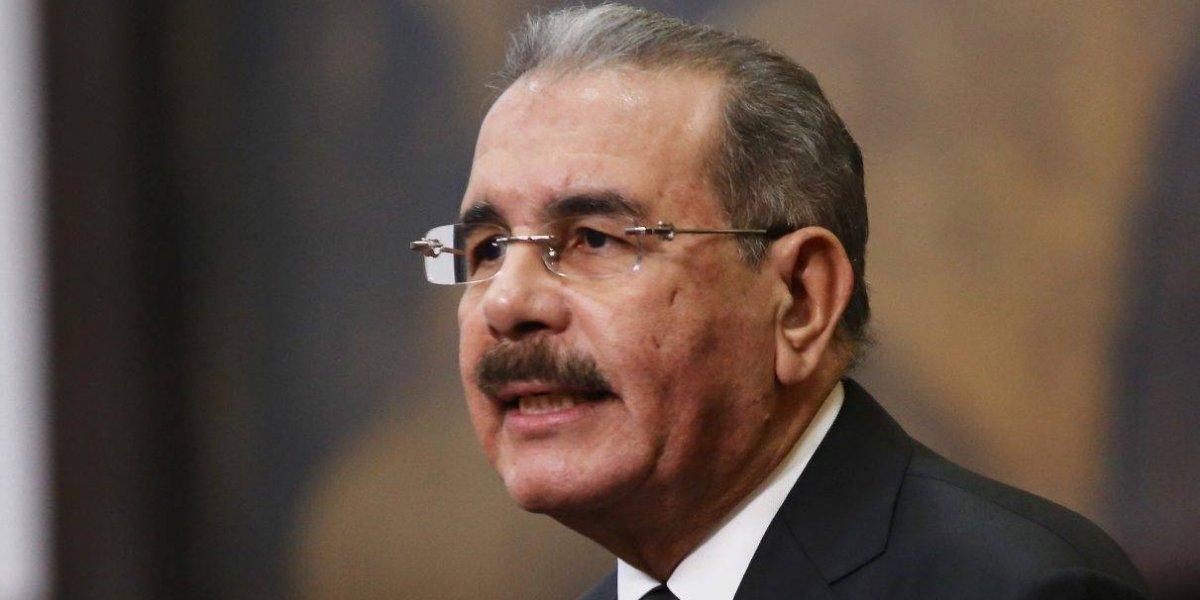 "Presidente Medina considera ""penoso"" alarmante cifra de feminicidios en su país"