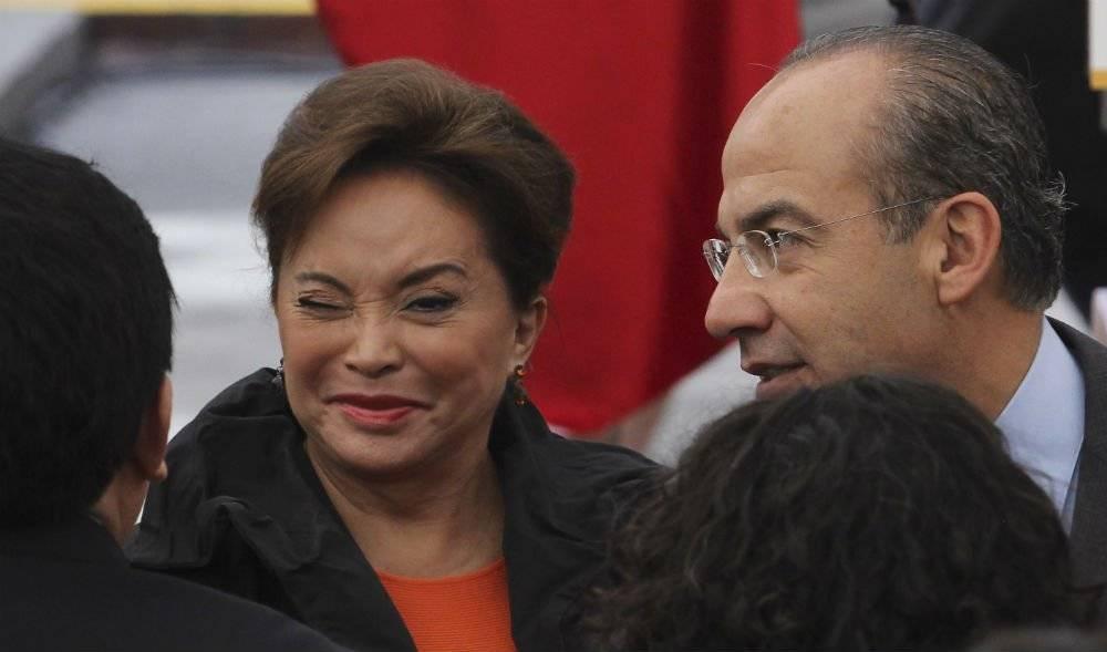 Acompañada de Felipe Calderón Hinojosa Foto: Cuartoscuro