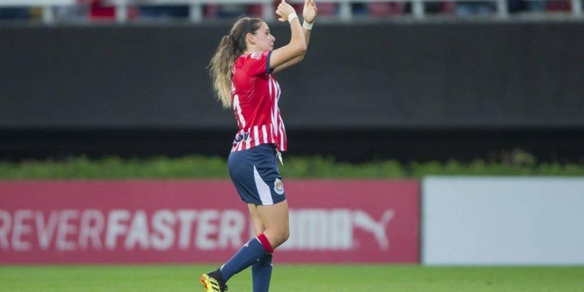 Chivas golea y sigue en la cima de la Liga MX Femenil