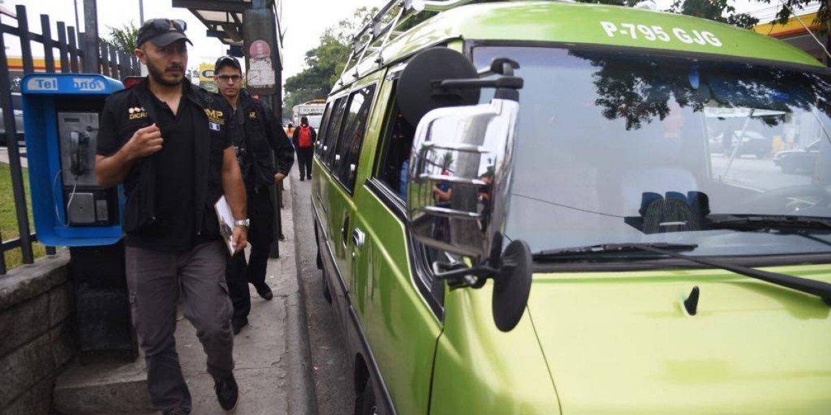 Piloto de microbús fallece en la emergencia del Hospital General