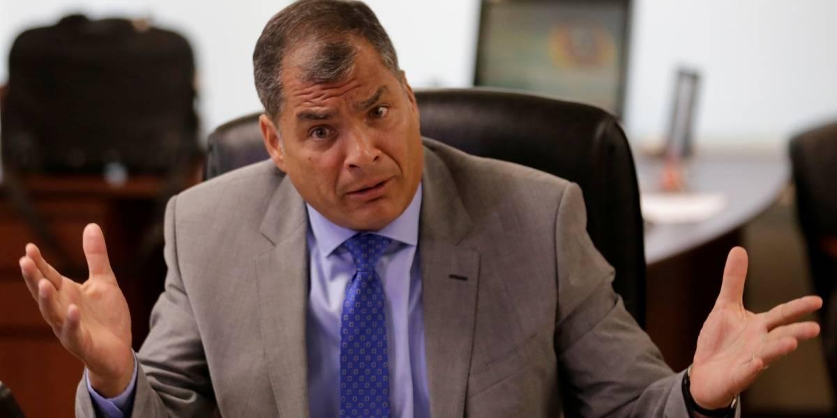 Policía custodia casa de Rafael Correa en Bélgica