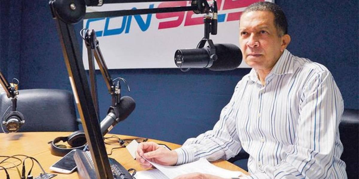 Reyes Guzmán anuncia cambio de horario de su programa