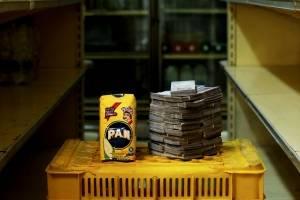 Paquete de harina de 1 kilo = 0,38 dólares