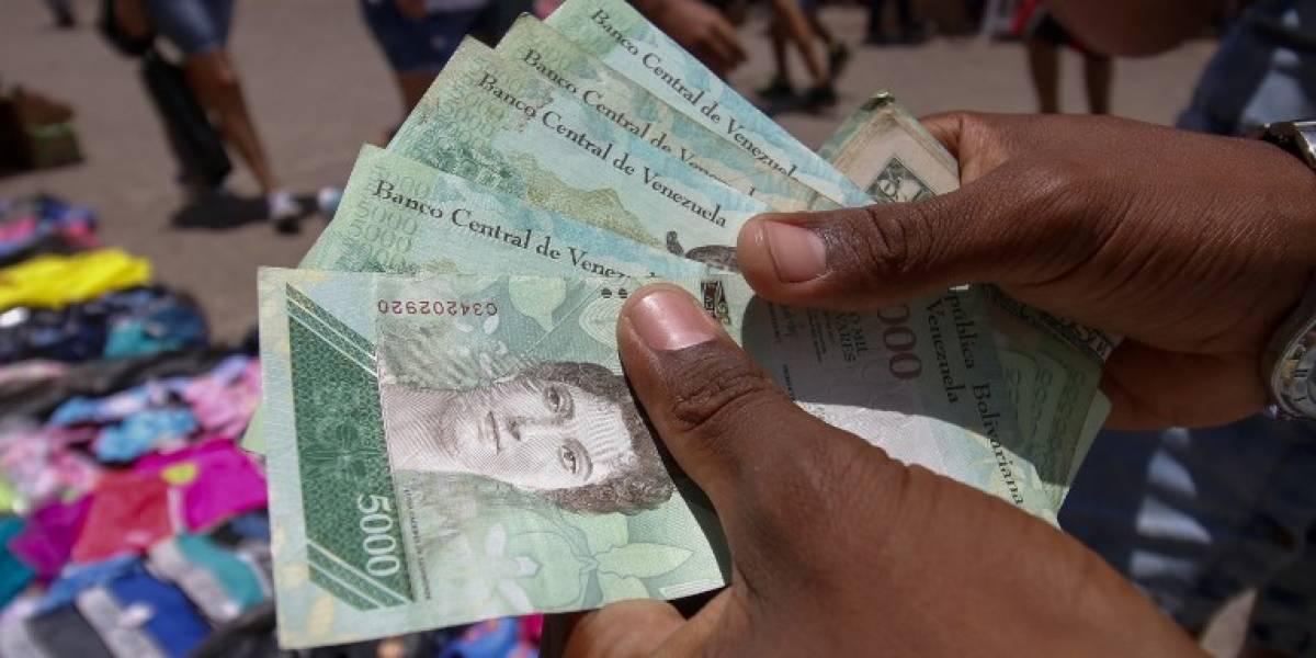 Venezuela estrena billetes, bajo temor de nuevos problemas económicos
