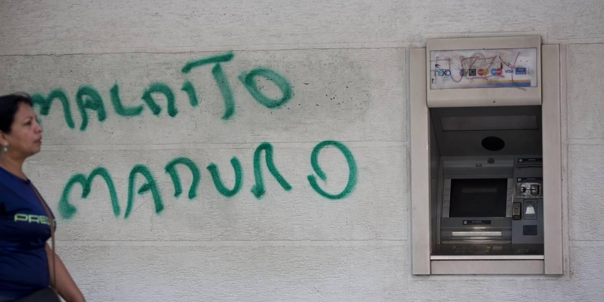 Arranca con pesimismo la reconversión monetaria en Venezuela