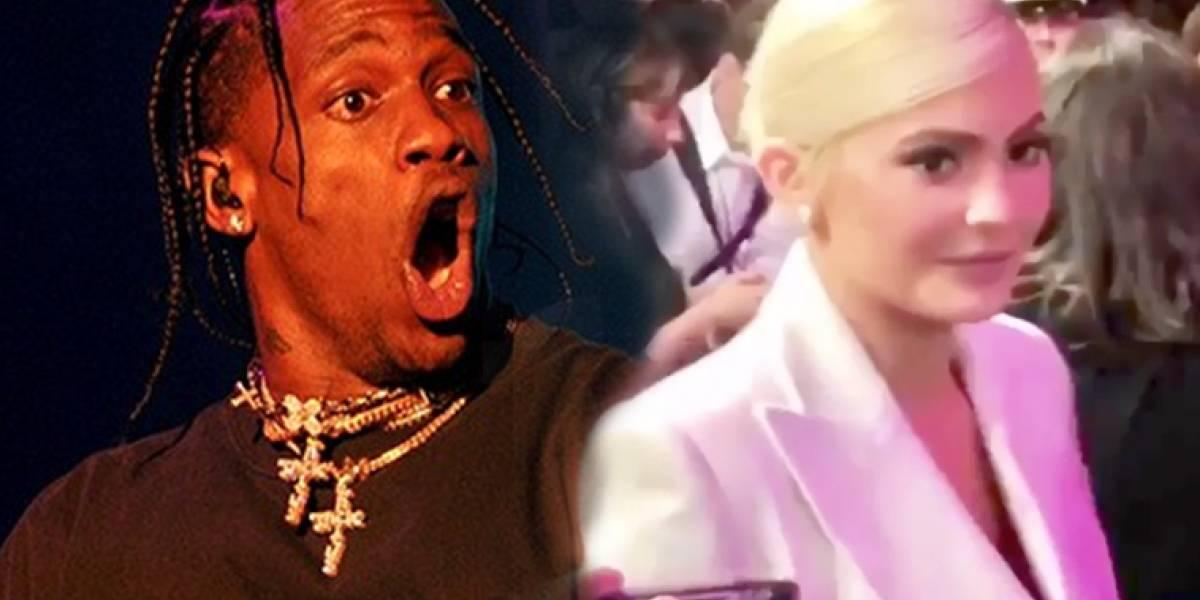 Critican al novio de Kylie Jenner por su extraño comportamiento durante los MTV VMAs
