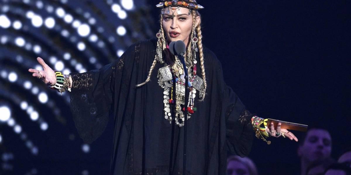 """Fuertes críticas a Madonna por """"egocéntrico"""" homenaje a Aretha Franklin"""
