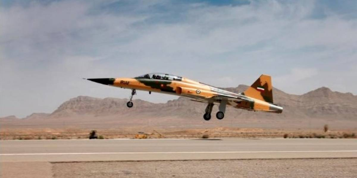 Kowsar: El avión de combate supersónico con el que Irán genera tensión con EEUU