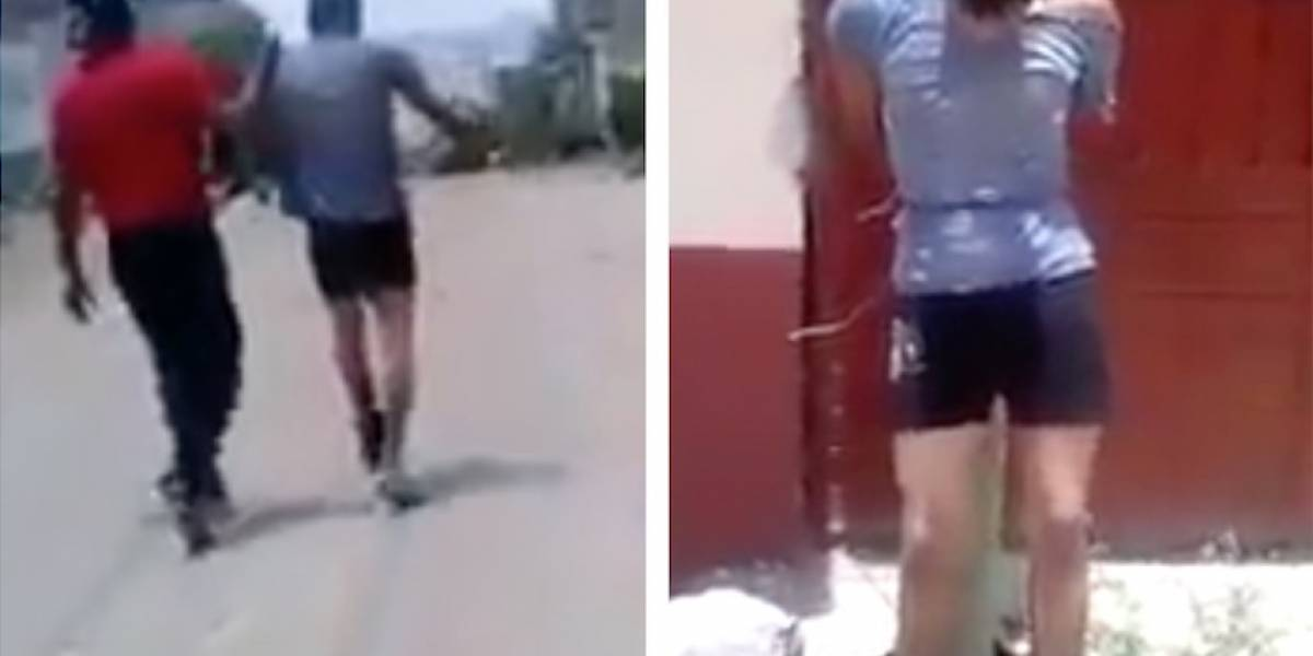 Video: Ladrón capturado por la comunidad llora para que llamen a la Policía