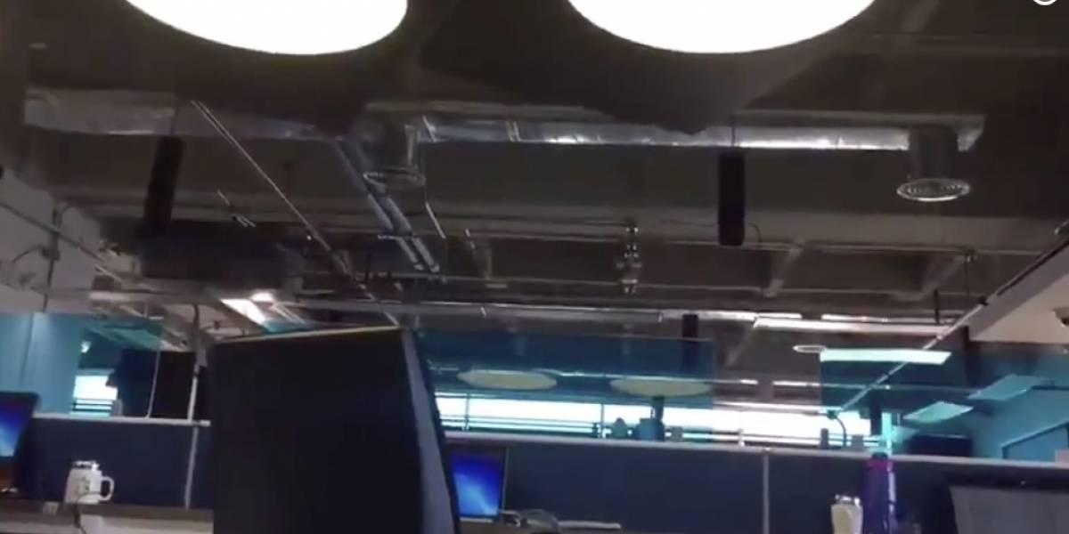 Mujer grabó el fuerte temblor en Bogotá mientras se escondía debajo de un escritorio