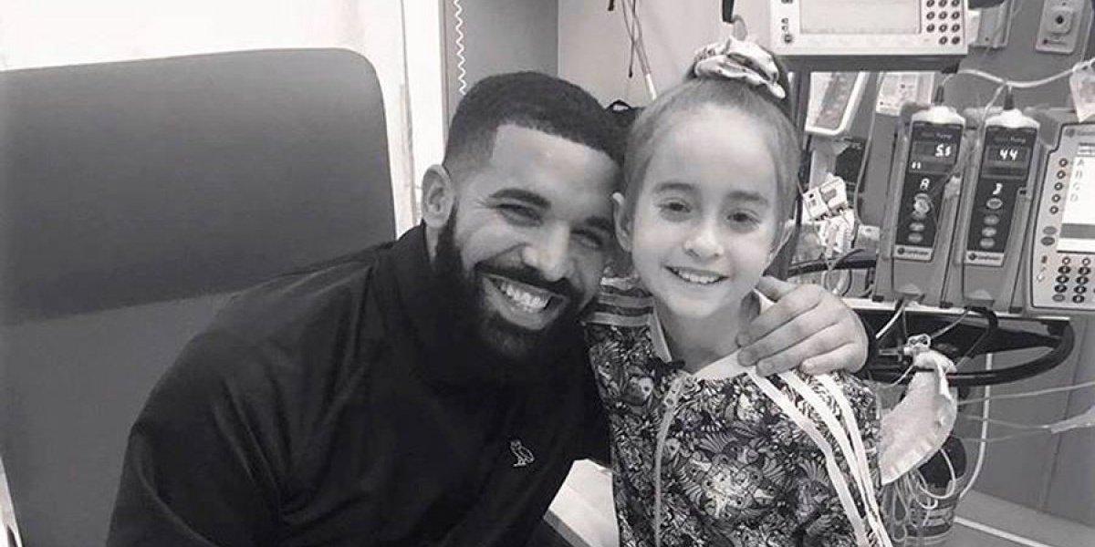 Drake sorprende a niña que espera trasplante antes de operación