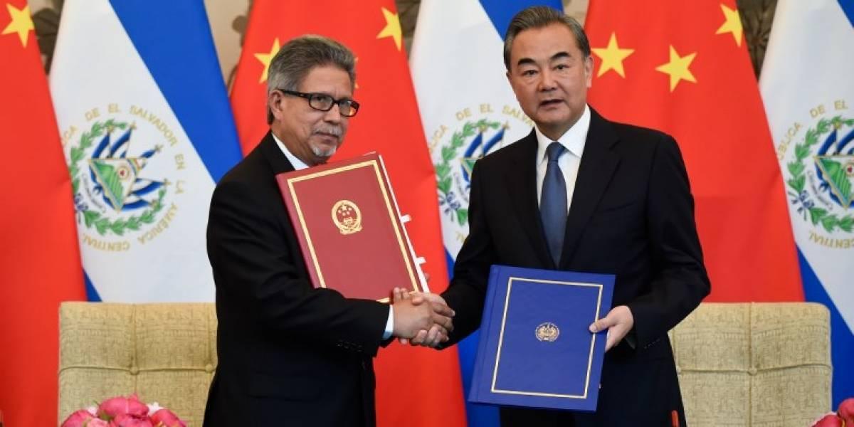 El Salvador rompe relaciones con Taiwán y se decanta por China