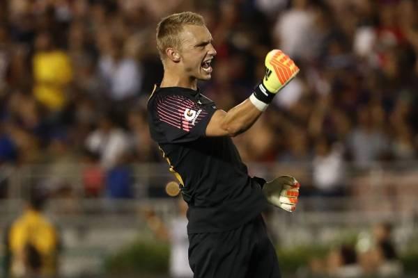 El holandés Jasper Cillessen ya reemplazó a Claudio Bravo en Barcelona ¿Lo hará también en el City? / Foto: Getty Images