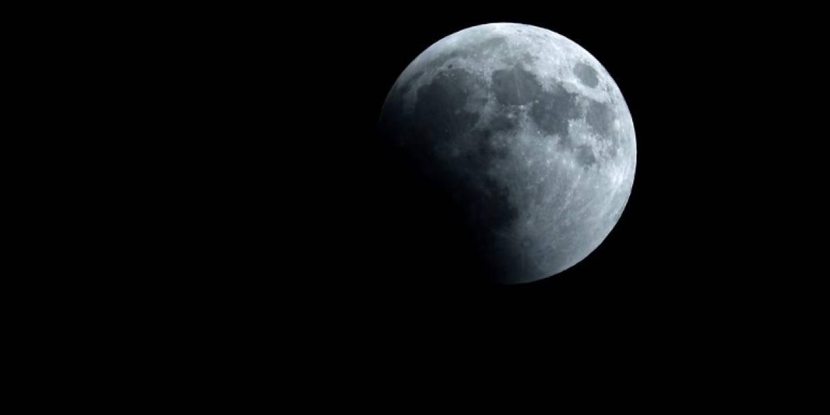 VIDEO. Confirman la presencia de hielo en la superficie de la Luna