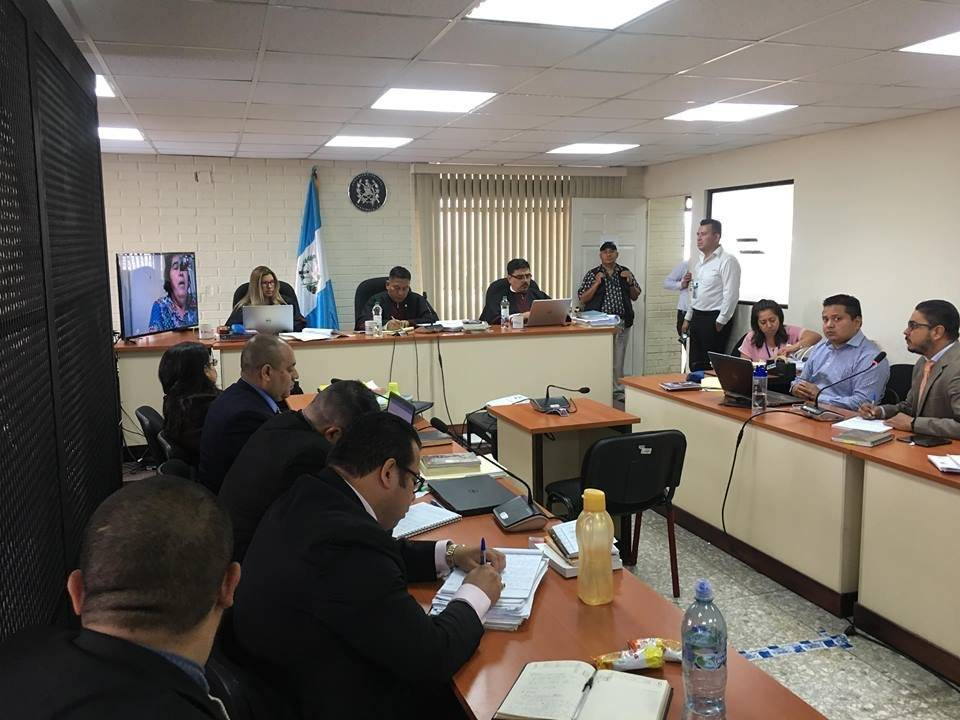 Tribunal escucha la declaración de Rina Sanchinelli, exasesora de la exvicepresidenta Roxana Baldetti. Foto: Edwin Bercián