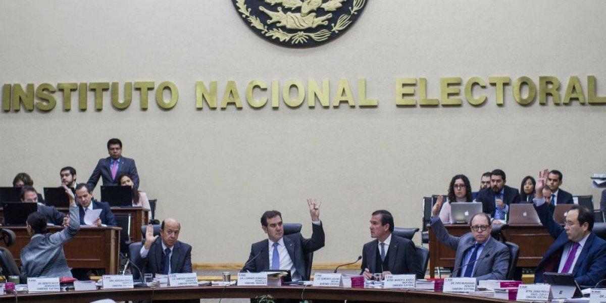 INE prepara resolución de candidatos que usaron marcas